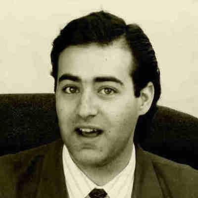 Louie  Sakhlas
