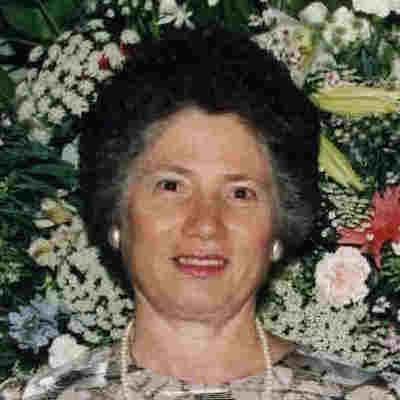 Eleni  Bournazos