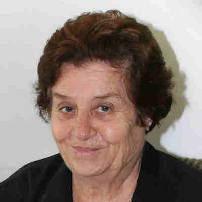 Irene  Doumanis